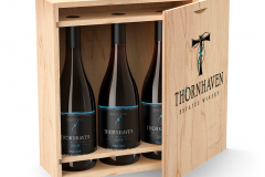 WINE LABEL BEVERAGE PACKAGE DESIGN AND BRANDED BOX